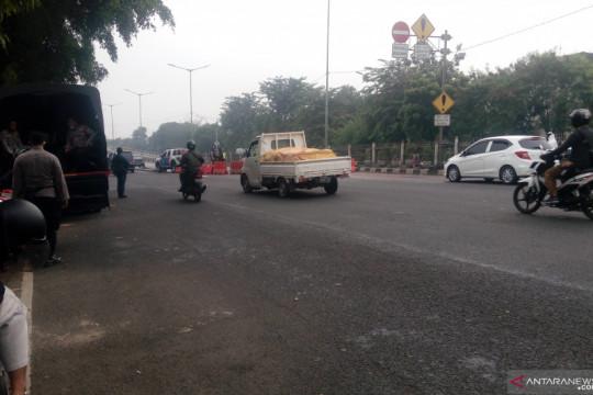 Polisi tutup akses jalan menuju PN Jakarta Timur jelang putusan Rizieq