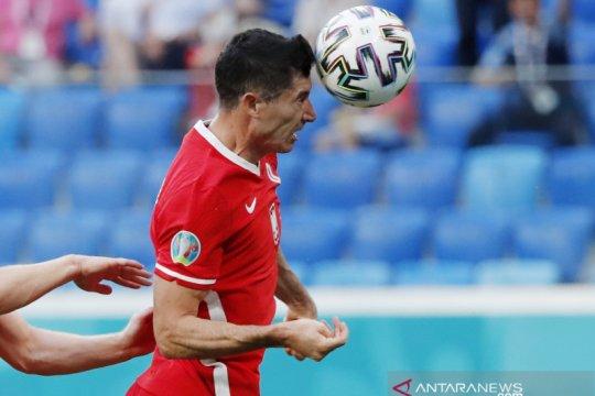 Lewandowski sulit terima kenyataan Polandia tersingkir dari Euro 2020