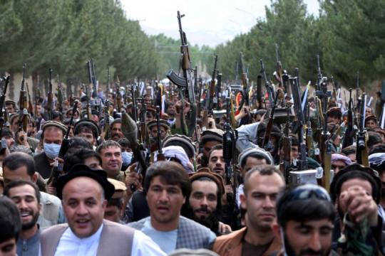 Taliban di Afghanistan rebut perbatasan utama dengan Pakistan