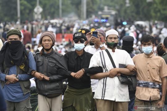 Pembawa senjata tajam pada kerumunan massa di Jakarta ditangkap