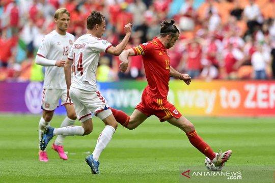 Kapten Wales Gareth Bale kecewa, tapi tetap bangga kepada tim
