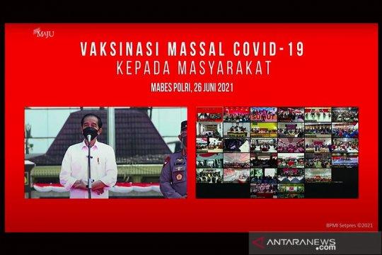 Vaksinasi massal COVID-19 di Lapangan Bhayangkara ditinjau Presiden