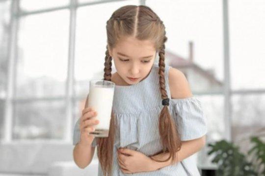 Mengenal gejala alergi susu sapi pada anak
