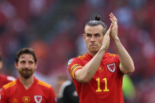 Gareth Bale tegaskan dirinya belum berencana pensiun bela timnas Wales
