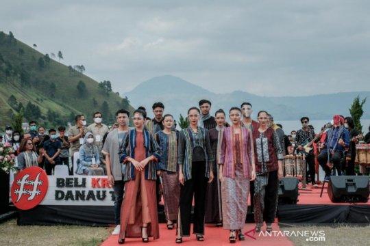 Program Beli Kreatif Danau Toba resmi ditutup