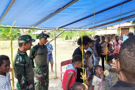 Satgas TNI menyemarakkan kegiatan Orang Muda Katolik di perbatasan