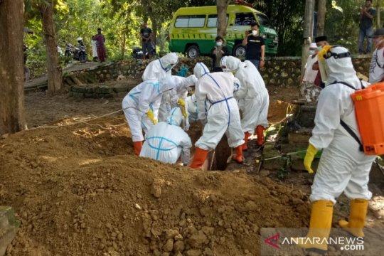 Pamekasan kirim sampel tes COVID-19 ke Surabaya