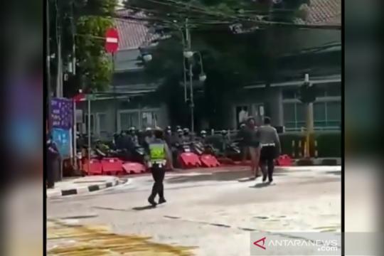Polisi selidiki aksi sejumlah motor terobos blokade di Bandung