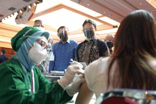 Perhimpunan Bank Internasional mulai program vaksinasi