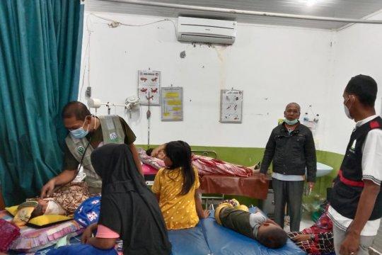 Ratusan warga Aceh Timur mengungsi diduga karena gas beracun