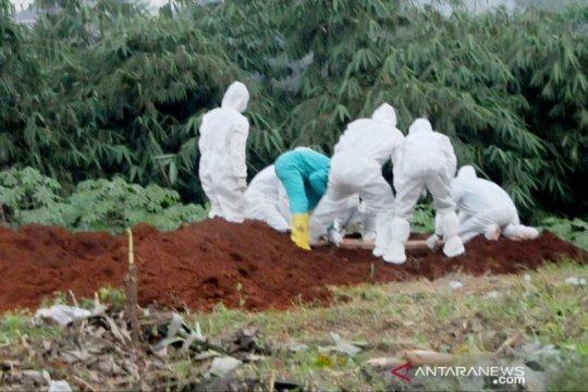 Lonjakan tembus 20 ribu, Kabupaten Bogor bentuk petugas jenazah