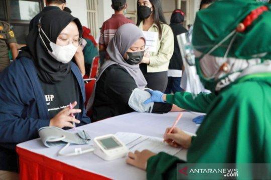 Bisa jadi klaster, Bogor tutup vaksinasi massal di Stadion Pakansari