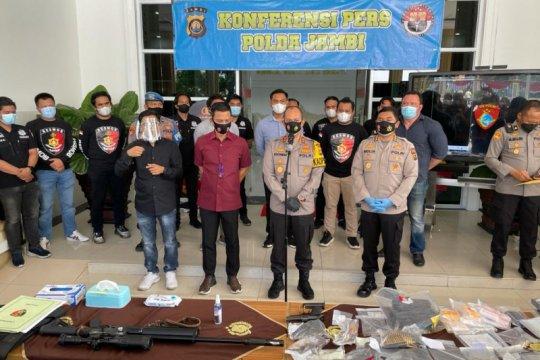 Resmob Polda Jambi tembak anggota jaringan narkoba bersenjata api