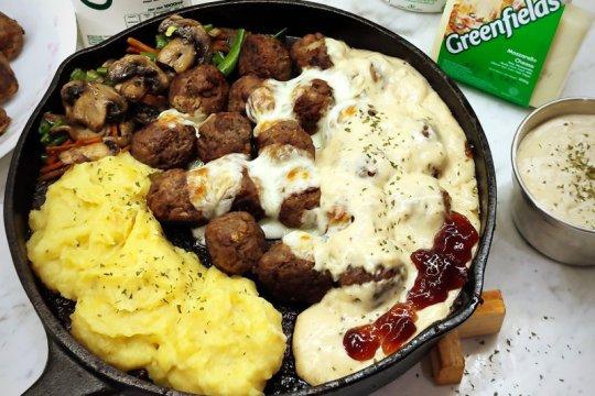 Resep bola-bola daging Swedia untuk makan malam lezat