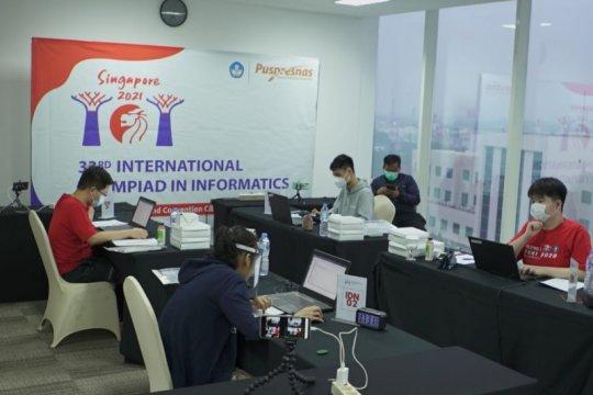Tim Indonesia raih empat medali pada IOI Singapura