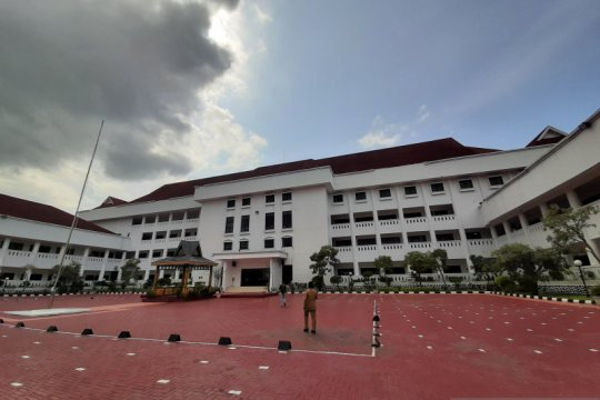 Polisi buru pelaku pembobolan di kompleks Kantor Gubernur Kepri