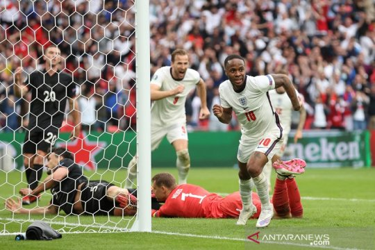Sterling, Kane antar Inggris lewati Jerman di babak 16 besar
