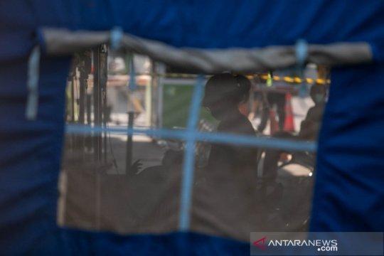 RSUP Sardjito bangun tenda darurat untuk antisipasi lonjakan kasus COVID-19