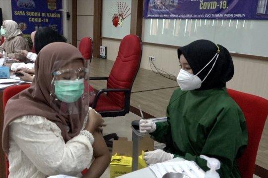 Antusiasme anak muda Jakarta dapat vaksin COVID-19
