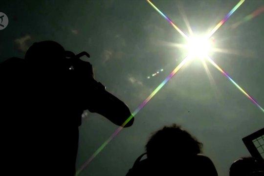 Apa itu gerhana matahari 'cincin api'?