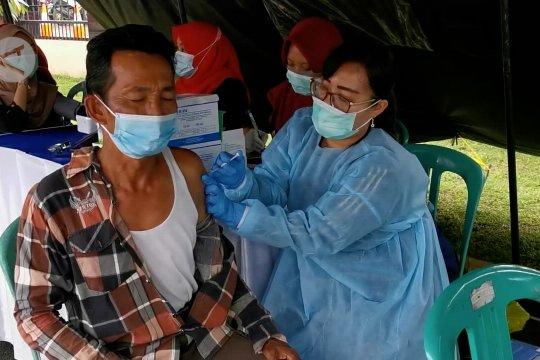 Polres Pandeglang gelar vaksinasi massal 1.000 dosis