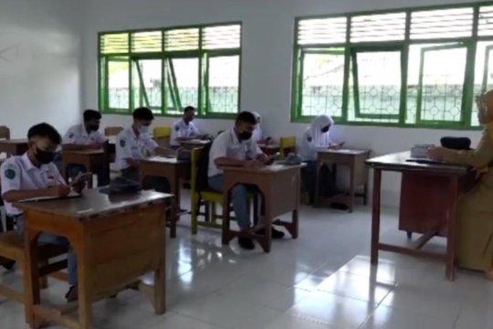 Sekolah di Kendari terapkan prokes ketat saat UAS