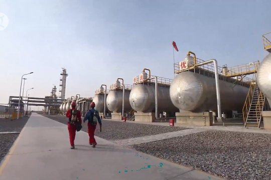 Area minyak dan gas dengan cadangan 1 miliar ton ditemukan di Xinjiang, China