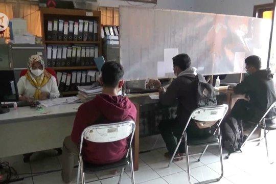 Jelang pembukaan CPNS, pemohon pembuat kartu kuning di Pandeglang meningkat