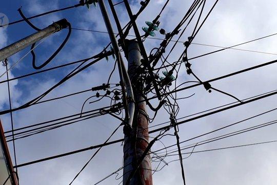 Penataan kembali jaringan listrik dan serat optik Kota Pontianak