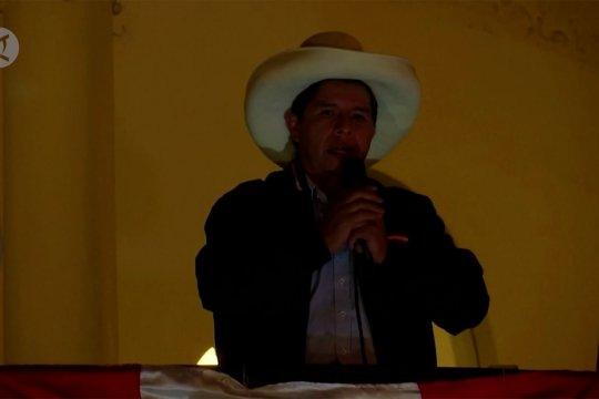 Kandidat sayap kiri Pedro Castillo menangkan pilpres di Peru