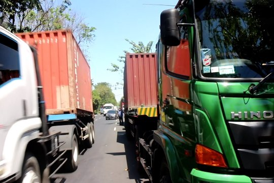 Polri fokus berantas pungli truk kontainer