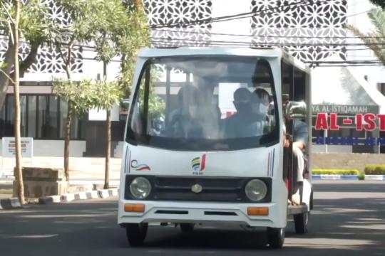 Politeknik Negeri Jember uji coba mobil bertenaga surya