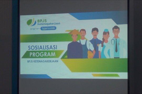 BPJamsostek Maluku sosialisasi program tenaga kerja ke guru