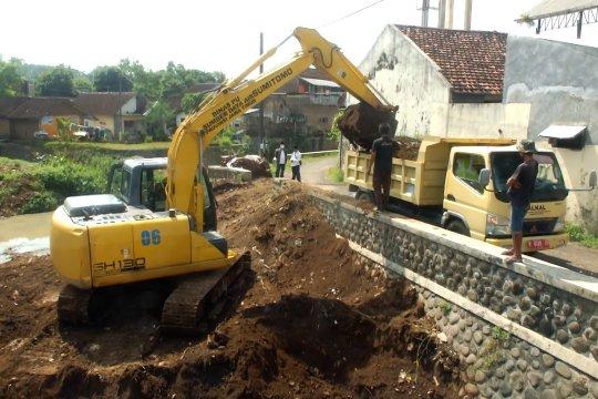 Cegah luapan banjir, Jatim normalisasi Sungai Rembangan