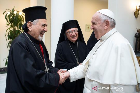 Setahun ledakan Beirut, Paus janji kunjungi Lebanon