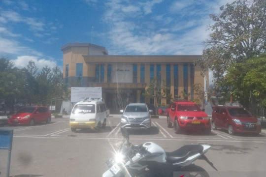 Akibat kerusuhan Yalimo, Bank Papua evakuasi pegawai dan tutup layanan