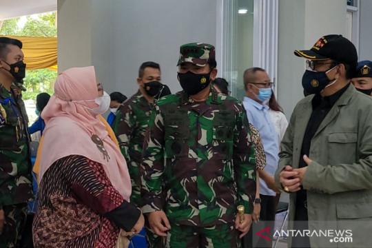 Panglima TNI sebut TNI terus dukung serbuan vaksinasi