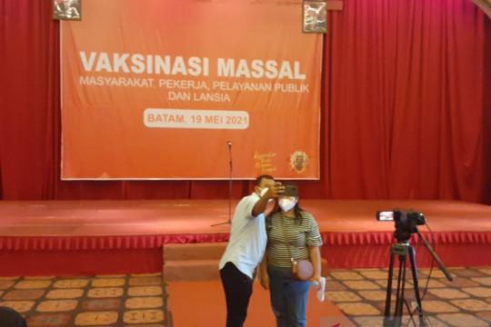 Capaian vaksinasi COVID-19 di Kepri terbesar kedua di Indonesia