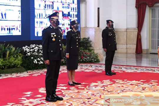 HUT Bhayangkara tiga personel Polri raih Anugerah Bhayangkara Nararya