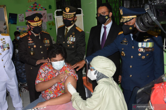 Pangdam Jaya yakin COVID-19 mati sendiri jika mobilitas terkendali