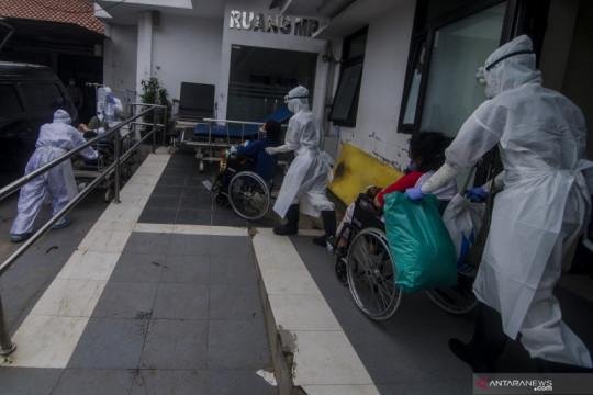 Positif COVID-19 di Indonesia bertambah 25.830 dan sembuh 11.578 orang