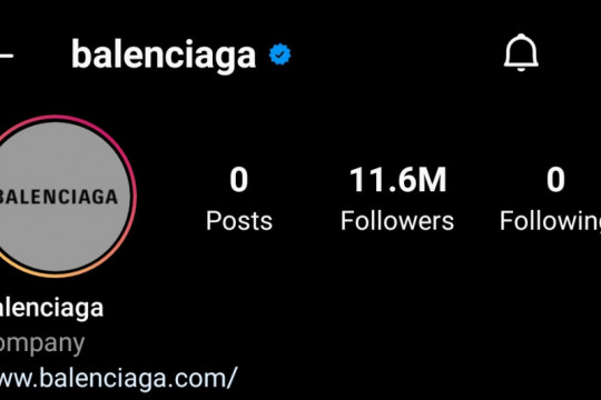 Balenciaga hapus semua unggahan di media sosial