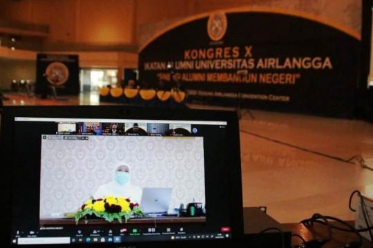 Khofifah terpilih jadi ketua umum IKA Universitas Airlangga 2021-2025