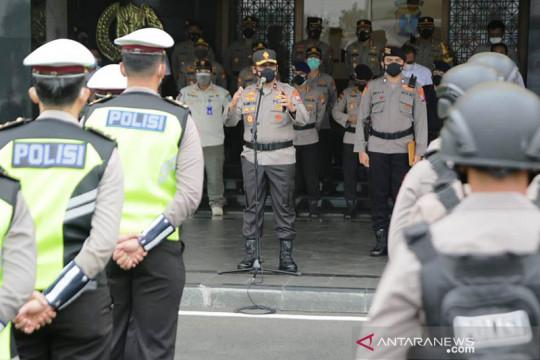 """Wakapolda Jatim memberangkatkan """"Patroli Show of Force"""" PPKM darurat"""