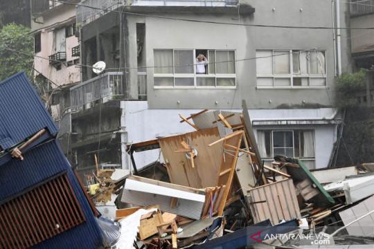 Jepang lanjutkan pencarian 20 orang hilang usai tanah longsor melanda