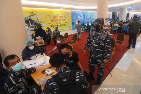 Serbuan vaksin TNI suntik seribu pengunjung Duta Mall Banjarmasin