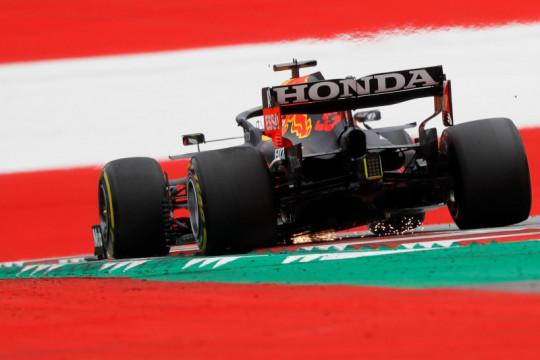 Honda bantah beri Red Bull mesin yang lebih bertenaga