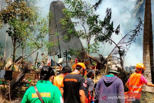 Pesawat AU yang jatuh di Filipina tewaskan 47, lukai 49