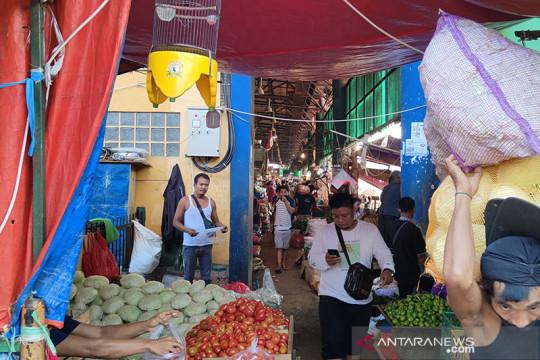 PPKM Darurat, Pasar Induk Kramat Jati ramai