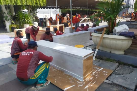 Ratusan jenazah dimakamkan secara prokes di Surabaya dalam sebulan